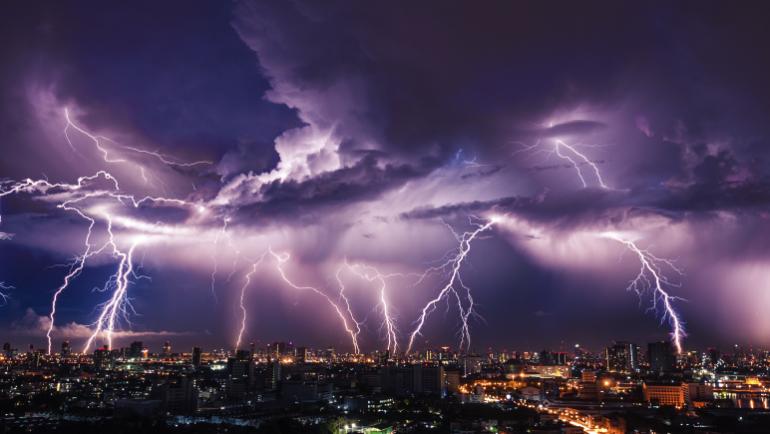 Eventos climáticos elevam o pagamento de seguros em SC